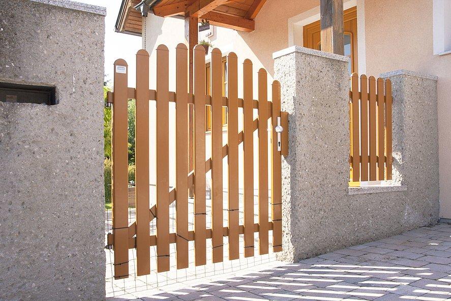 Portillon de jardin en aluminium, finition bois